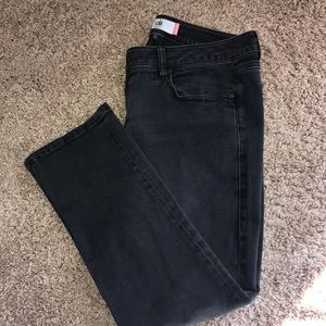 CAbi size 12 Black New Crop Jeans